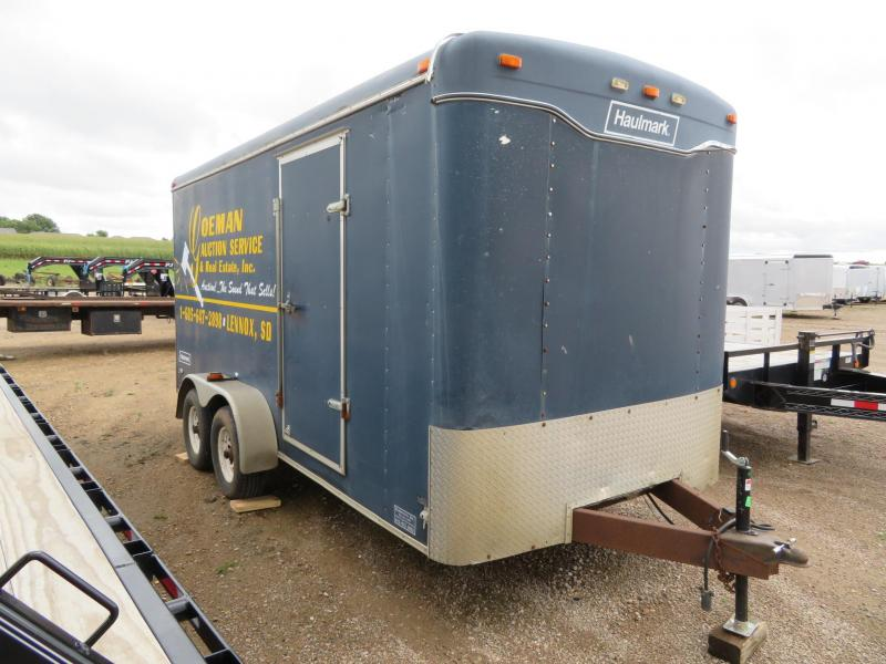 2000 Haulmark 16 Enclosed Cargo Trailer