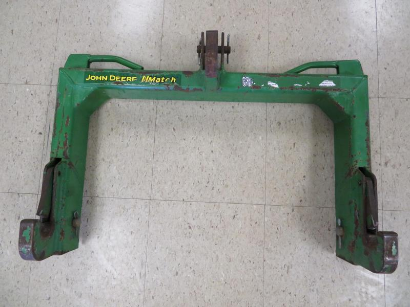 John Deere iMatch Quick Hitch