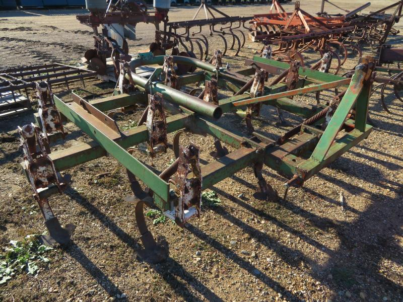 Used Oliver 7.5' Field Cultivator - 3 Point