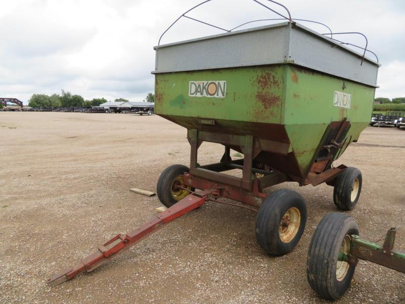 Dakon 1010 Gravity Wagon with Running Gear