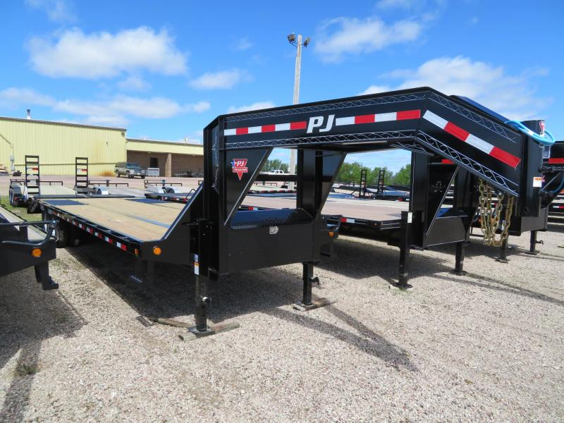 2020 PJ Trailers 30 Low Profile Tandem Dual  GN Equipment Trailer