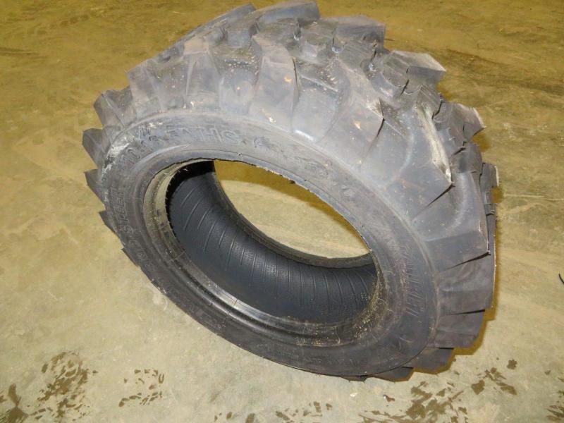 Akuret 10 - 16.5 Premium Skid Steer Tires