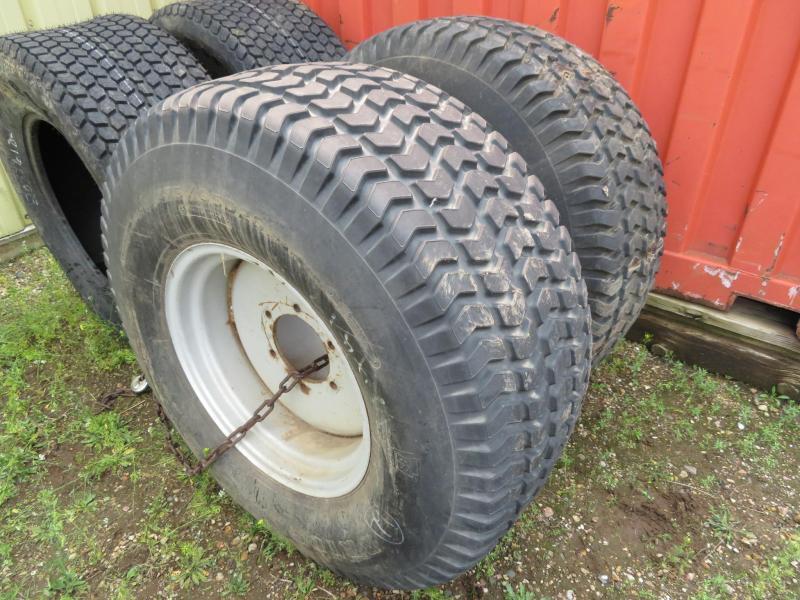 Bridgestone 475/65D 20 Tires