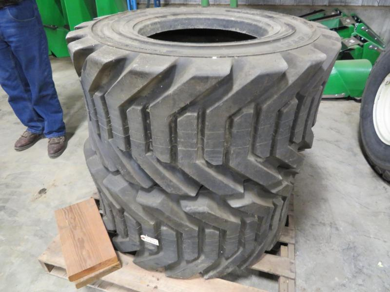 Outrigger IN445/55D 19.5 Tires