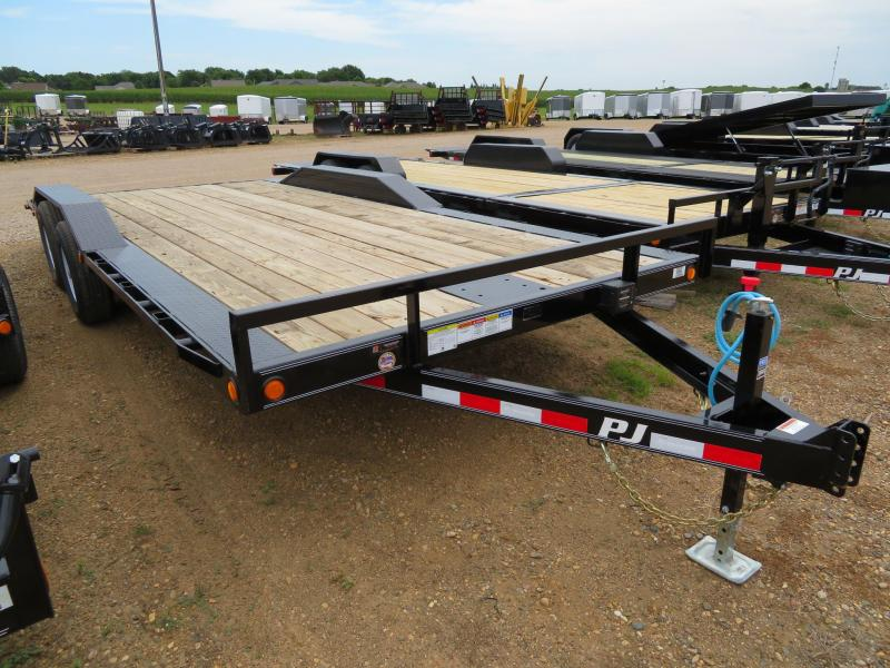 2020 PJ Trailers 20 Drive-Over Fender Equipment Trailer