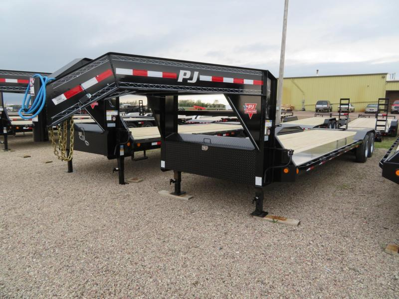 2020 PJ Trailers 30 GN Trailer w/ Monster Ramps