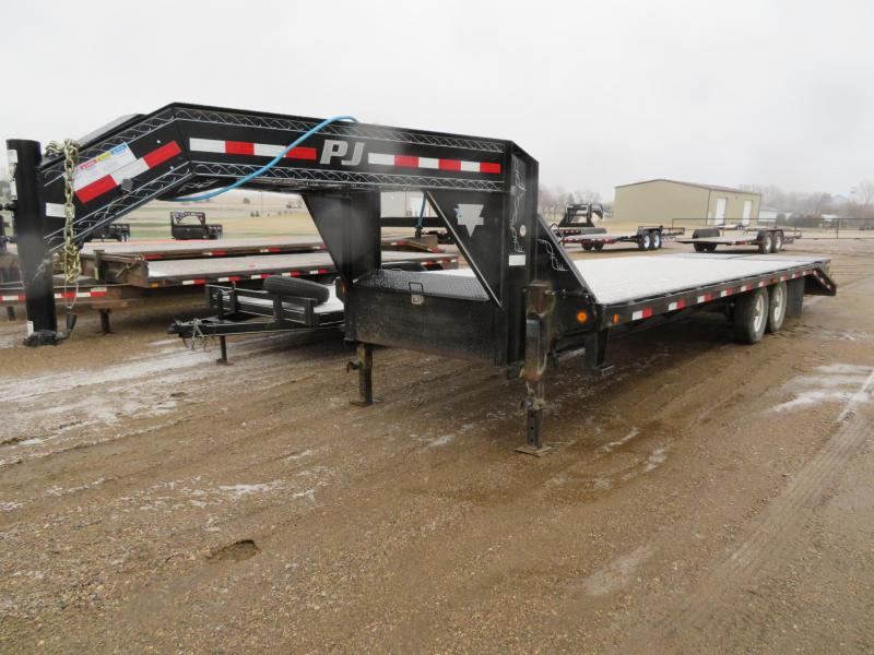 2013 PJ Trailers 26 Equipment Trailer