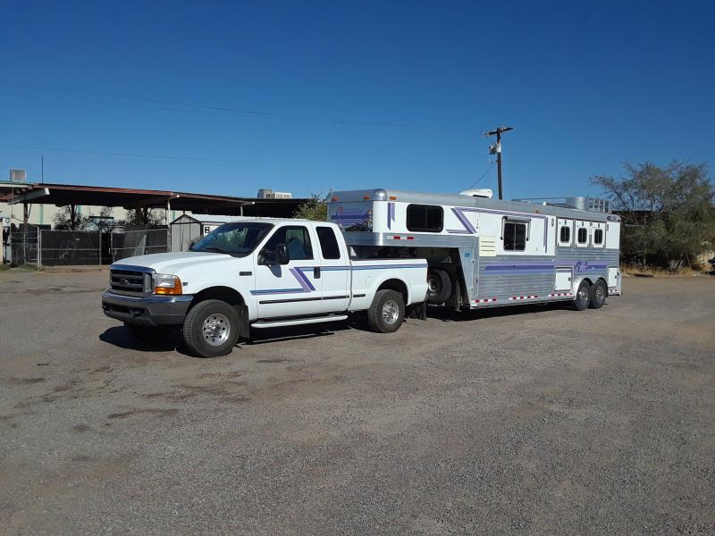1998 4-STAR 3H LQ W/ 99 FORD F350 5 SPD Horse Trailer
