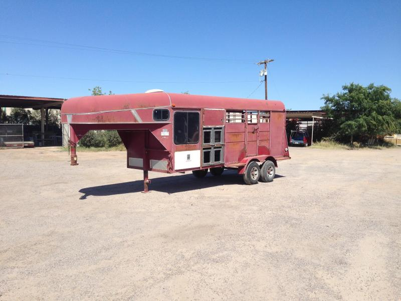 1998 Calico Trailers STOCK COMBO / HUNTING TRAILER Horse Trailer