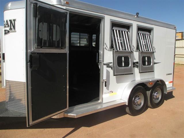 2015 Logan Coach RAMPAGE 3H HD BUMPER PULL Horse Trailer
