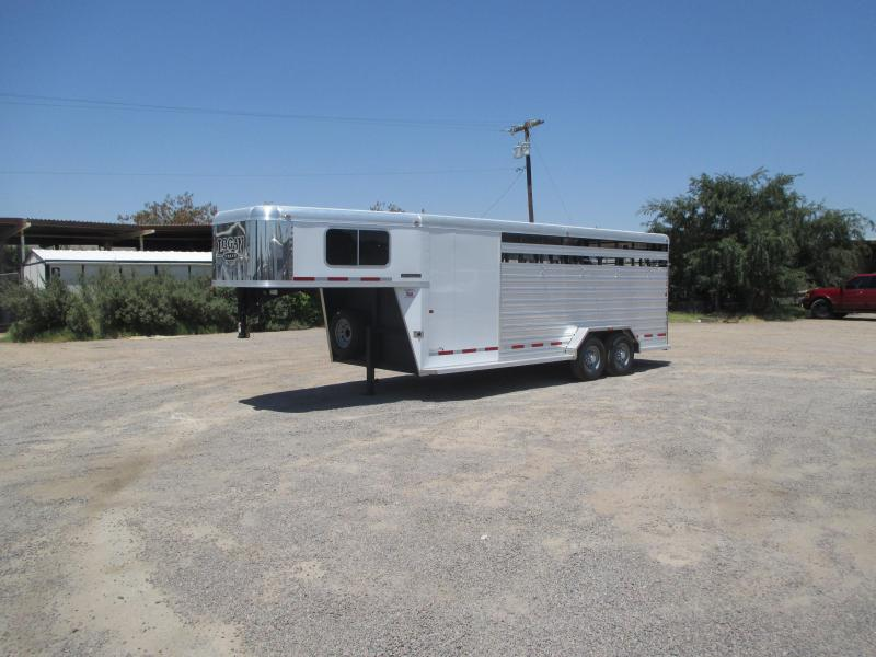 2015 LOGAN COACH 20' STOCKMAN COMBO 16' STOCK / 4' DRESS TACK ROOM ****THE CAT'S MEOW OF ALL STOCK TRAILERS****