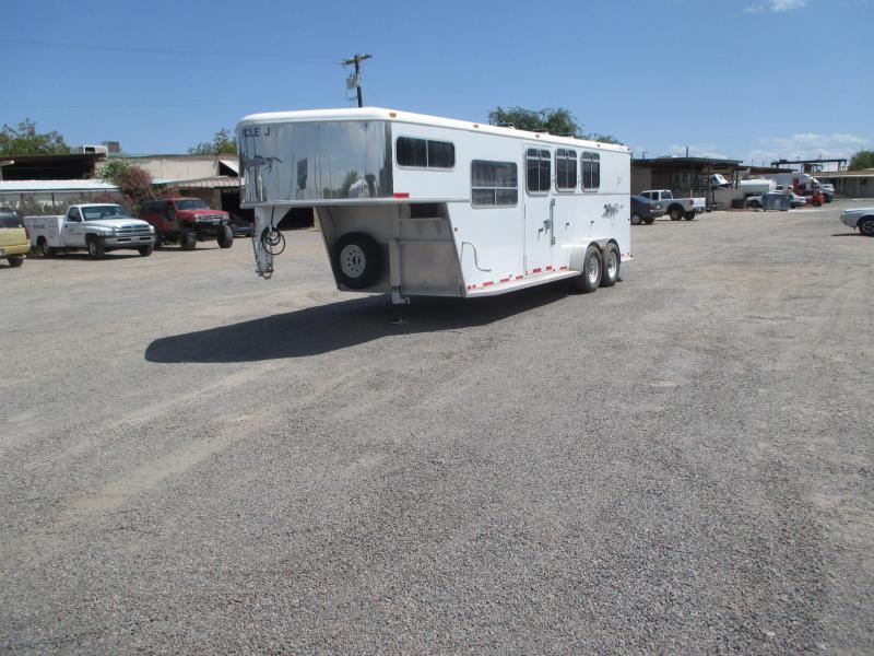 2006 Circle J Trailers Riata 3H GN Side Tack Set Up As Weekender Horse Trailer