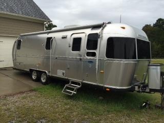 2006 Airstream Classic Camping / RV Trailer