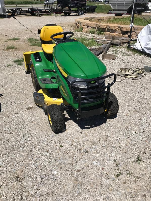 2015 John Deere X310 Tractor