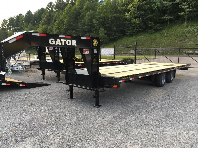 2017 Gatormade Trailers 30ft 20plus 10hydraulic dove tail tandem dual GN Equipment Trailer