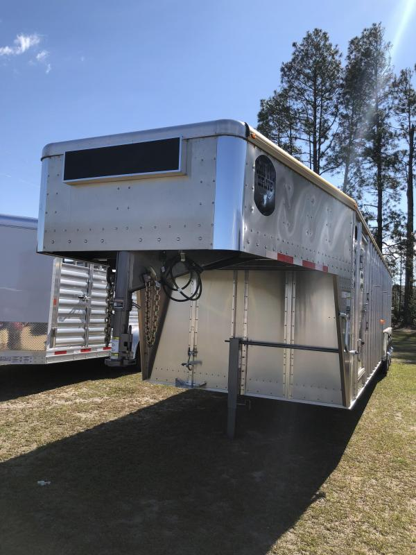 2018 Merritt Equipment Livestock Trailer