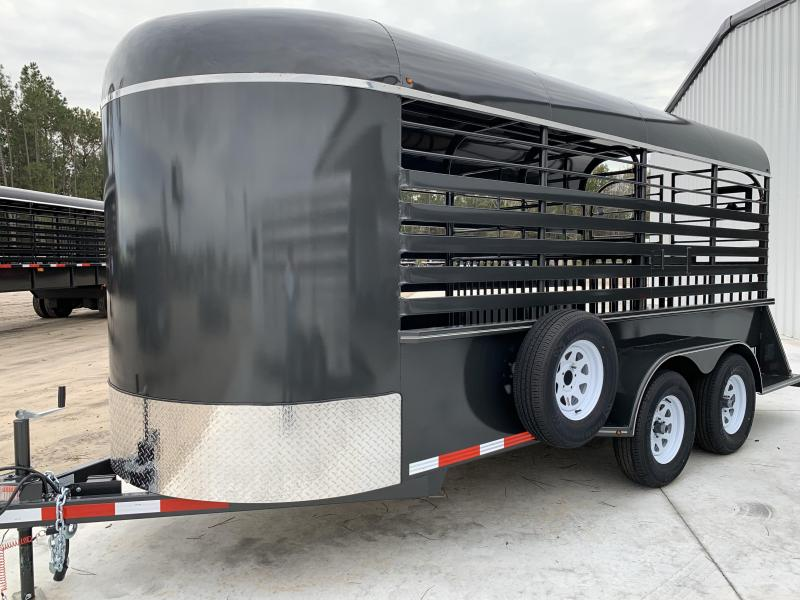 2019 Stoll Trailers Inc. Livestock Trailer