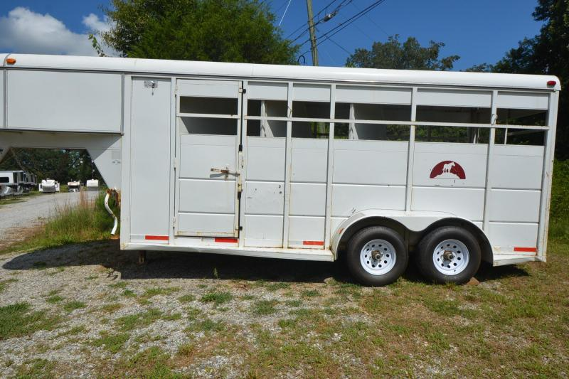 2001 S and H Trailers 3 Horse GN Horse Trailer