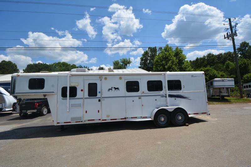 2002 Bison Trailers 7310 alumasport Horse Trailer