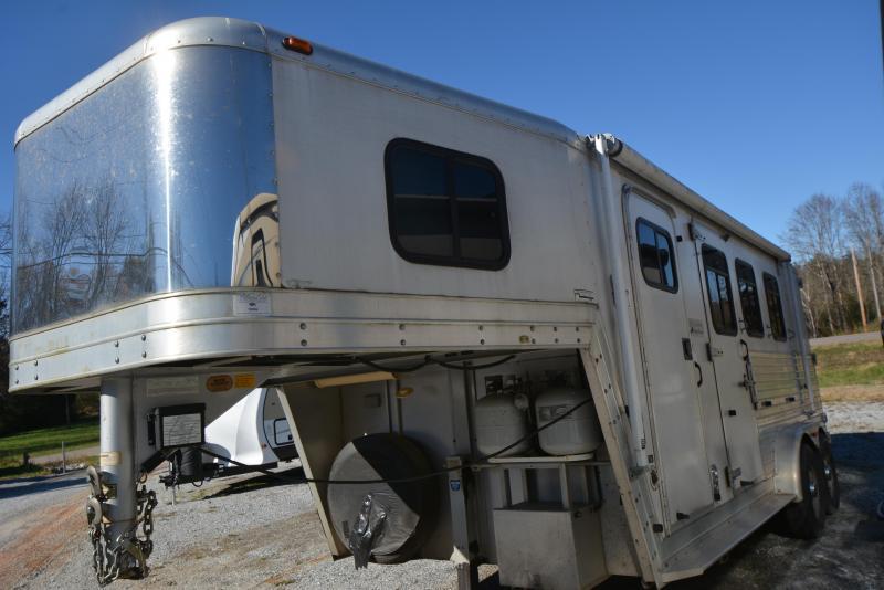 2002 Kiefer Built 7308 Horse Trailer