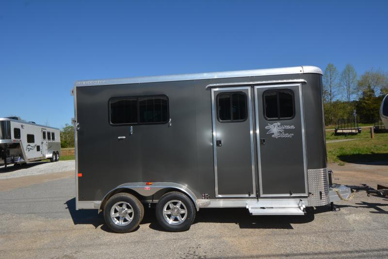 2016 Merhow Trailers 2 HORSE BP STRAIGHT LOAD Horse Trailer