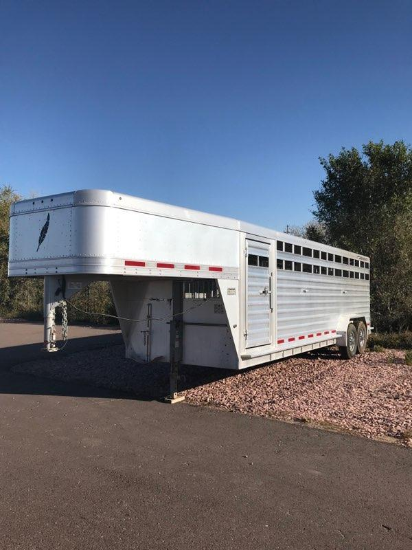 2012 Featherlite 8127 7' x 24' Stock Trailer