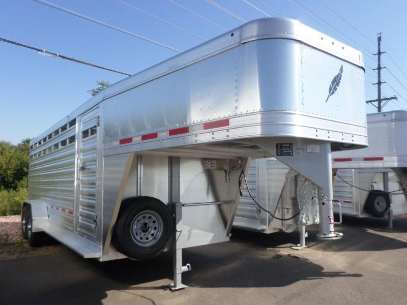 2019 Featherlite 8117 20' Livestock Trailer