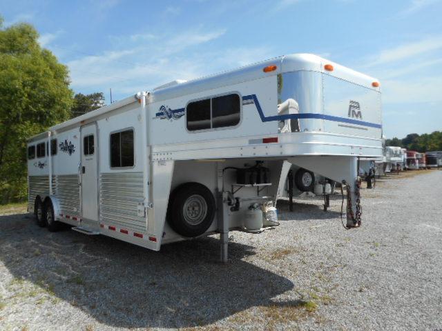 2005 Platinum Coach 10 SW 3H Horse Trailer