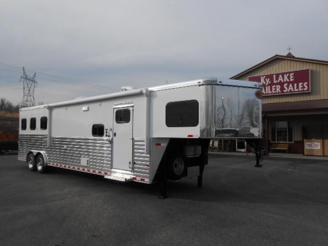 2014 Sundowner 14.6 LQ Horse Trailer