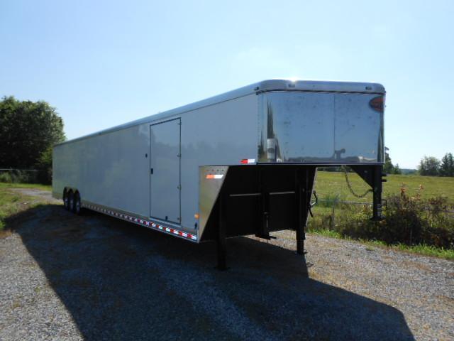 2015 Sundowner Trailers 32 GN Cargo Tri-Axle Cargo / Enclosed Trailer