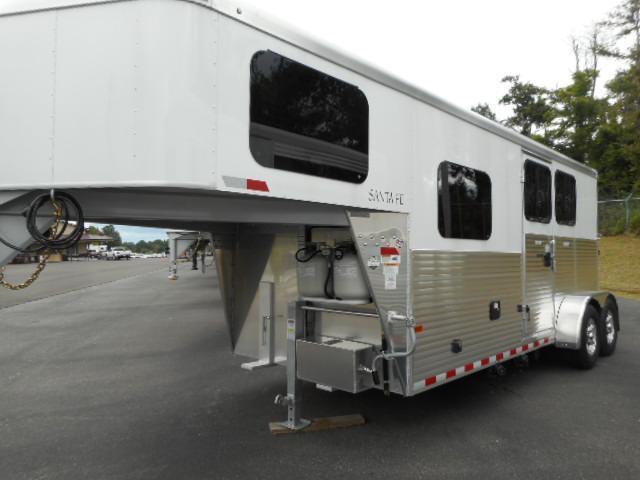 2017 Sundowner Trailers 6.5 SW 2H Santa Fe Horse Trailer