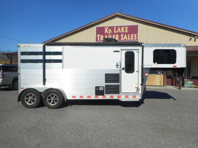 2016 Sundowner  Santa Fe 6906 2H Horse Trailer