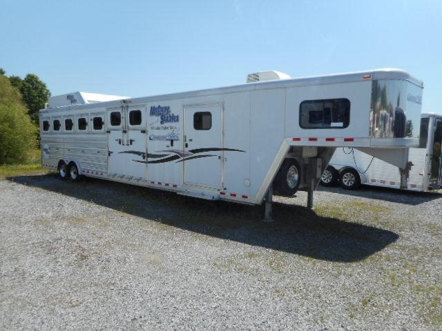 2011 Cimarron Trailers 7H w/8 Dressing Room Horse Trailer