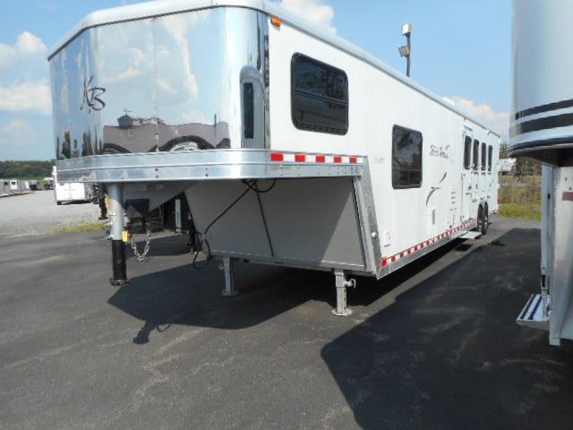 2005 Kiefer Built 8414 Horse Trailer