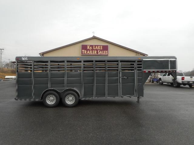 2018 Ranch King 20' Livestock Trailer