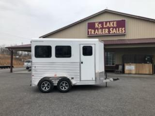 2019 Merhow  2H Bronco BP Horse Trailer