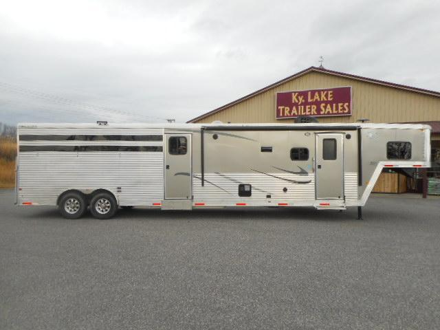 2017 Merhow Trailers 8011 Stock Combo Horse Trailer