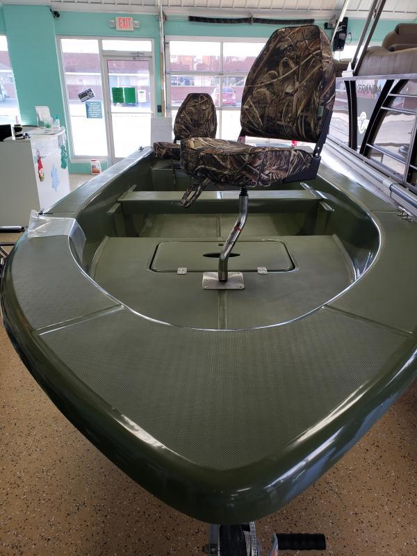 2018 Splendor 14' Fiberglass Boat