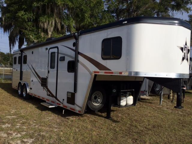 2014 Hoosier Trailers Maverick 8 wide 3 horse w/11' lq and slide out Horse Trailer