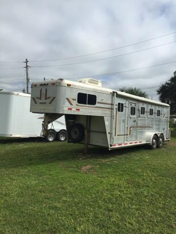 1995 4-Star Trailers 4 horse gooseneck with a/c and awning Horse Trailer