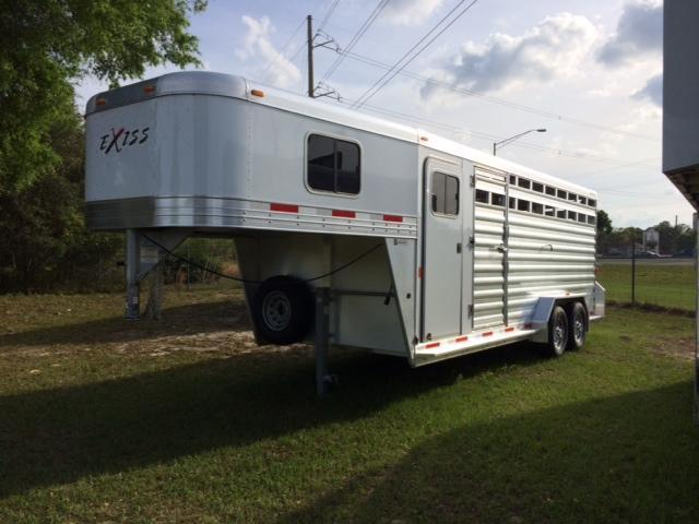 2019 Exiss 20 stock combo Horse Trailer