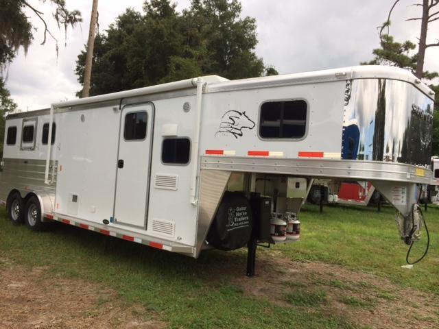 2015 Sooner Trailers 7 wide 3 horse with 9' lq Horse Trailer