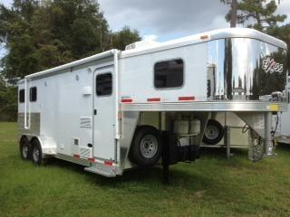 2014 Exiss 7wide 2 horse with 8'lq Horse Trailer