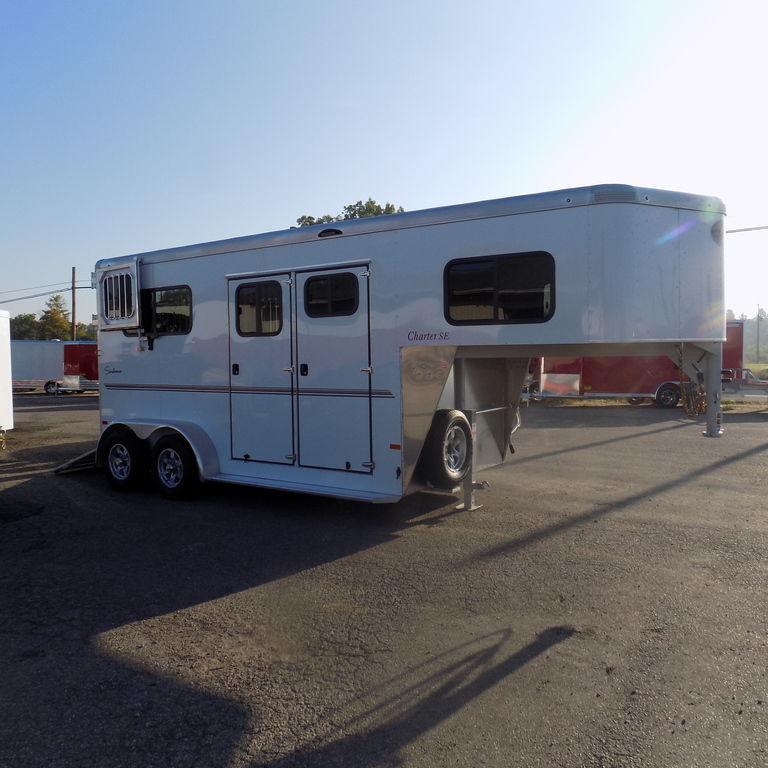 New Sundowner Charter 2 Horse Straght Load Gooseneck Trailer