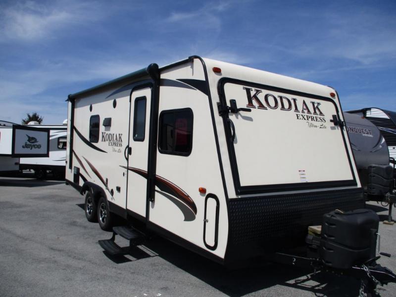 2017 Keystone Kodiak 206ES