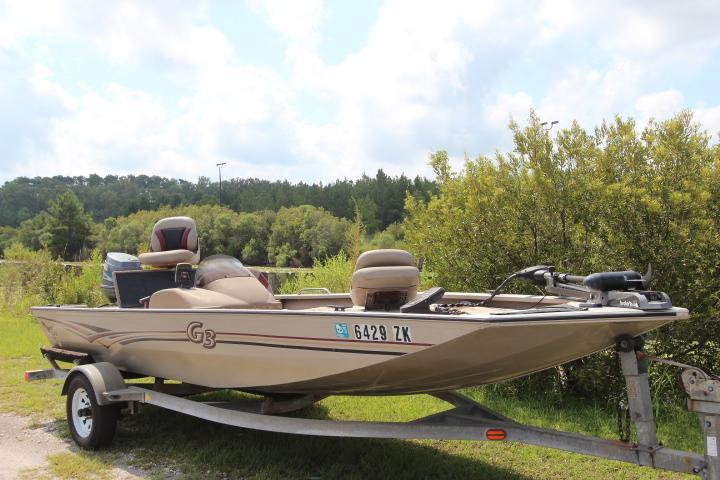 2003  Aluminum 175 BOWRIDER