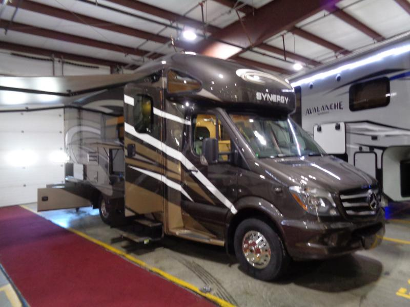 2019 Thor Motor Coach Synergy 24MB