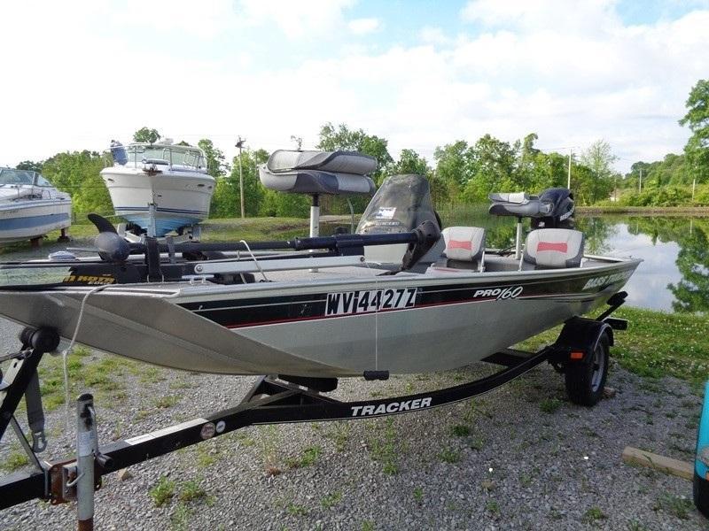 2002 Tracker Marine Tracker 288 SPORT