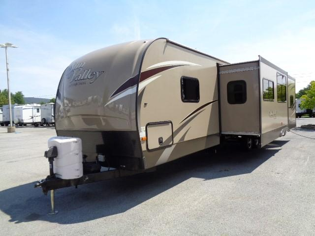 2015 Evergreen Sunvalley 300BHLTD