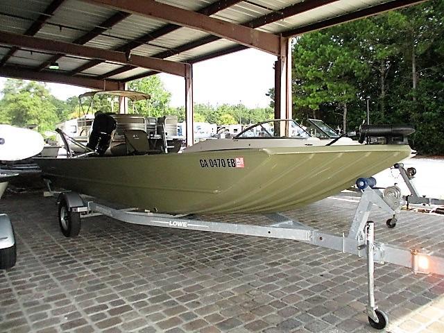 2017 Lowe Boats Lowe 2070 DLX
